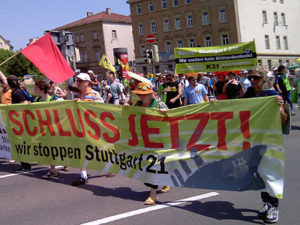 Foto: http://media.de.indymedia.org/images/2010/07/286803.jpg